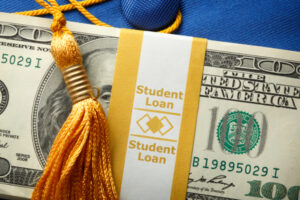A Dallas-based founder looks to tackle the student loan crisis with his startup, College Cash – TechCrunch