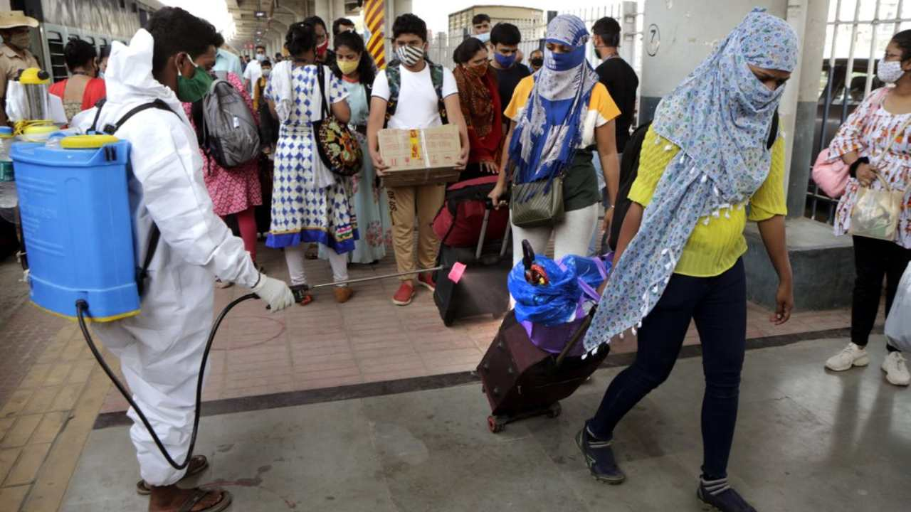 Steep fall in India's COVID-19 case numbers since September leaves experts stumped