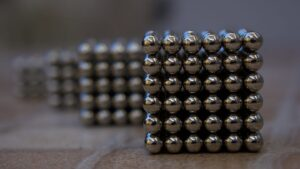 Scientists manipulate magnets at the atomic level, a breakthrough in data processing tech- Technology News, FP
