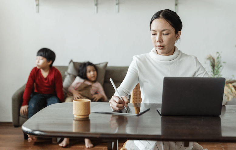Overcoming the Challenges of Maintaining Work-Family Balance When You Run a Home-Based Business