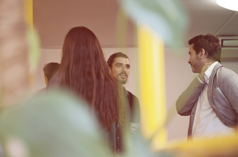Working The Room: Tips to Stand Out at Your Next Networking Event