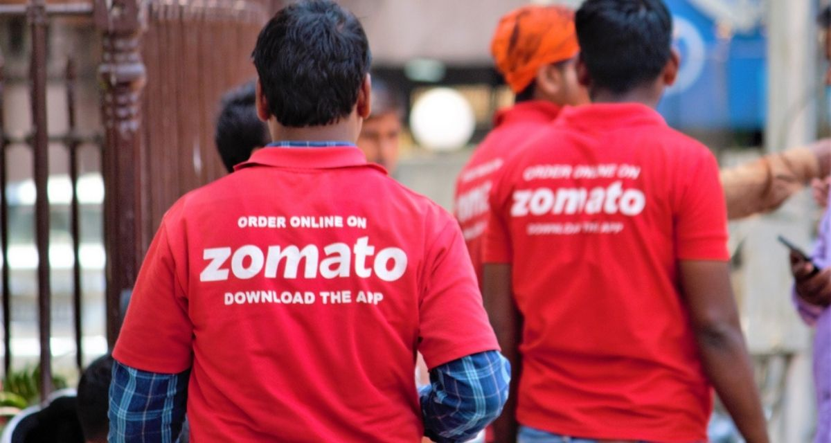 Zomato Hikes Delivery Partners' Salaries To Compensate Them For Higher Fuel Prices