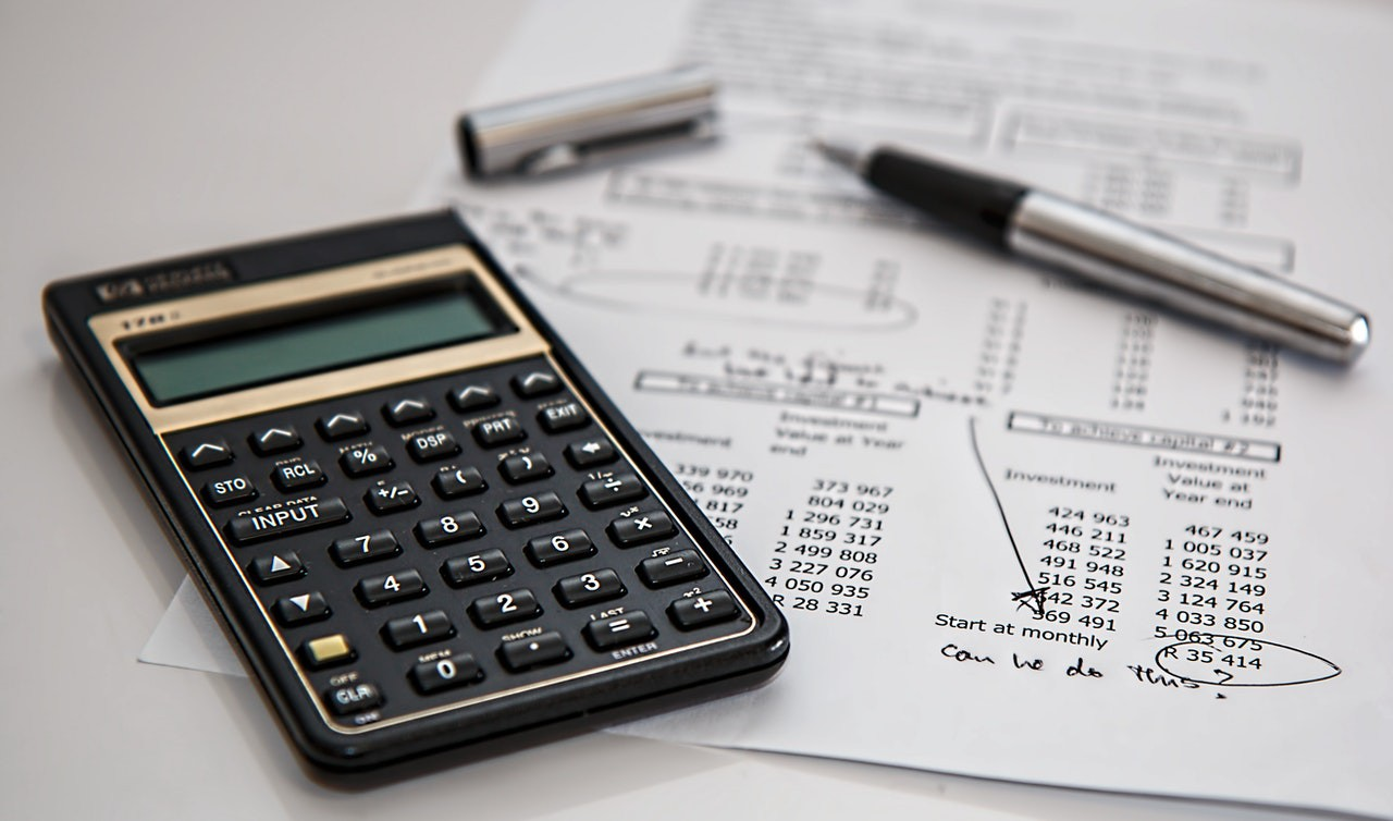 A Few Ways to Save Money on Household Bills
