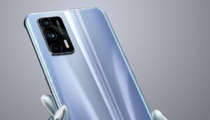 Realme GT 5G to feature a 64 MP triple rear camera setup, 3.5 mm headphone jack and more- Technology News, FP
