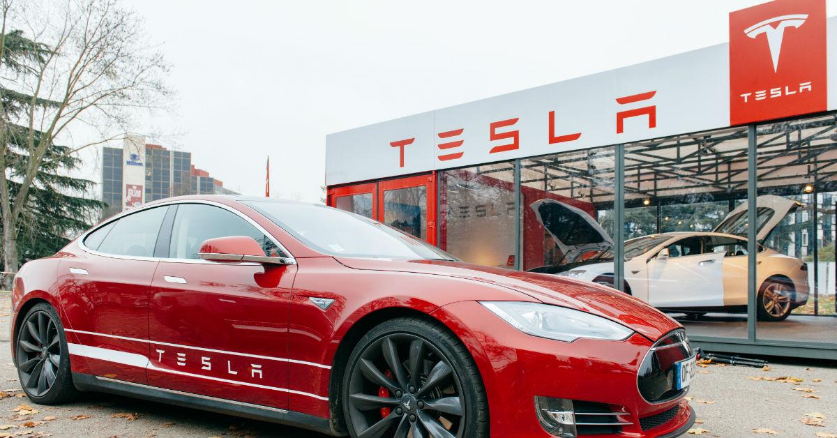 Tesla To Set Up Electric Car Manufacturing In Karnataka