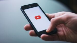 Google updates YouTube app for iOS after two months, rolls out bug fixes, improvements- Technology News, FP