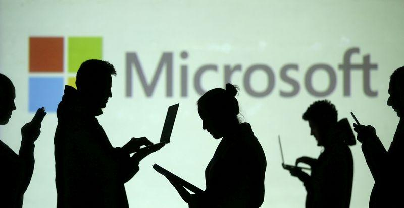 At least 10 hacking groups using Microsoft software flaw – researchers