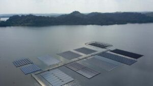 Space-starved Singapore builds huge floating solar farms in push for renewable power- Technology News, FP