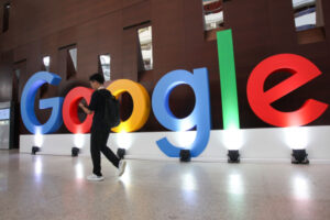 Google Play drops commissions to 15% from 30%, following Apple's move last year – TC