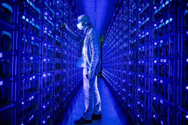 Spinning out from the cryptocurrency hardware developer Bitfury, LiquidStack pitches a data center cooling tech – TechCrunch
