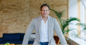 Amsterdam-based fintech Recharge.com raises €10M in debt funding; appoints Azimo's Michael Kent as new chairman