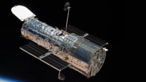 NASA once again puts Hubble Telescope in safe mode due to mysterious bug- Technology News, FP
