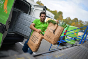 Czech on-demand grocery delivery startup Rohlik bags $230M to expand across Europe – TechCrunch