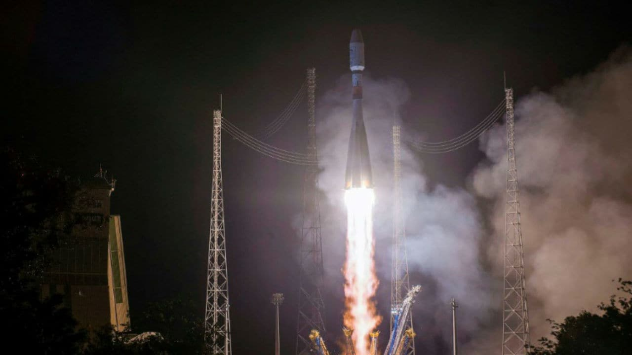 Soyuz rocket launches first Russian satellite for monitoring Arctic climate- Technology News, FP