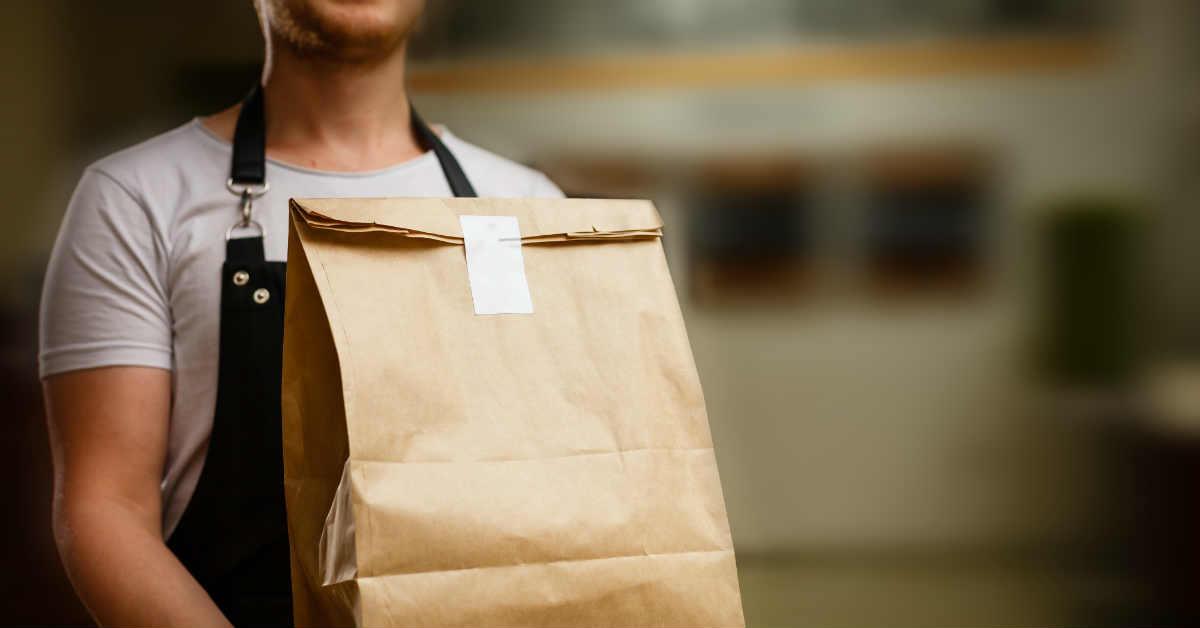 Amazon's Deep Pockets Tipped To Threaten Zomato-Swiggy Duopoly
