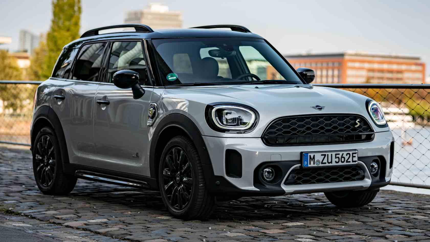 Mini Countryman facelift launched in India at Rs 39.5 lakh, available in two variants- Technology News, FP
