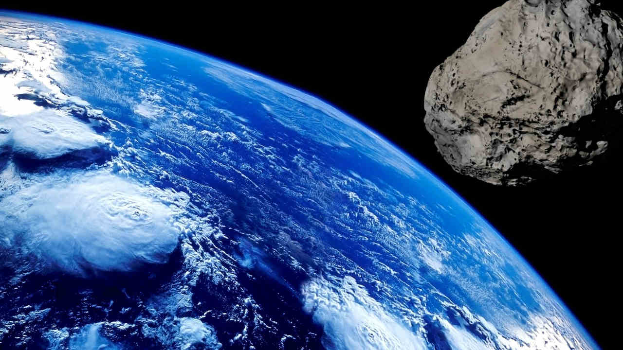 Asteroid 2001 FO32 the largest space rock to fly by Earth in 2021, closest approach on 21 March- Technology News, FP