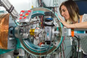 Women In Manufacturing: How to Achieve The Success You Deserve