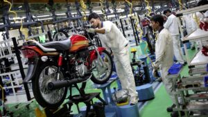 Hero MotoCorp to suspend production at all plants till 1 May in view of COVID-19 surge- Technology News, FP