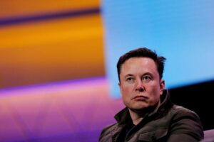 """'NASA rules,"""" Musk says as SpaceX wins $2.9 billion moon lander contract- Technology News, FP"""
