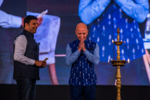 Amazon announces $250 million venture fund for Indian startups – TC