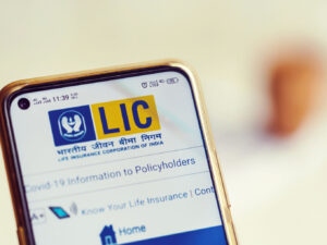 LIC Picks Paytm To Process Digital Payments For Premiums