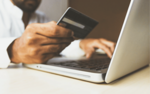 4 Issues That Online/Offline Retailers Face and How to Overcome Them