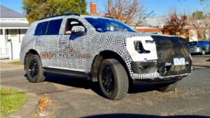Next-gen Ford Endeavour caught on test in Australia ahead of world premiere in 2022- Technology News, FP