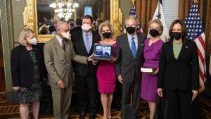 Space-traversing former Senator Bill Nelson sworn in as new NASA chief- Technology News, FP