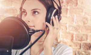 4 Benefits of Professional Voice Overs for Small Businesses