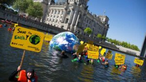 A forty percent chance avg world temperatures will exceed 1.5 deg C limit set by Paris Agreement: WMO- Technology News, FP