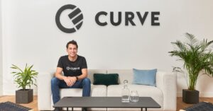 """London's fintech Curve raises €11.64M in its """"record-breaking"""" crowdfunding campaign; plans to hire 200 employees this year"""