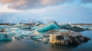 Iceland lost 750 sq km of glaciers over the last two decades due to global warming- Technology News, FP
