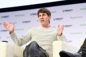 Foursquare founder Dennis Crowley steps back from the company – TechCrunch