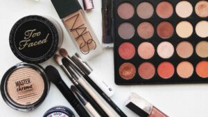 More than half of the cosmetics sold in US, Canada are full of toxins, finds study- Technology News, FP