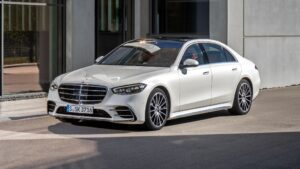 New Mercedes-Benz S-Class launched in India, prices for next-gen flagship sedan start at Rs 2.17 crore- Technology News, FP