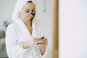 5 Questions to Ask Your Dermatologist Before Going for New Skincare Products