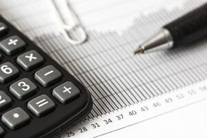 Reasons to Consider Outsourcing Your Payroll