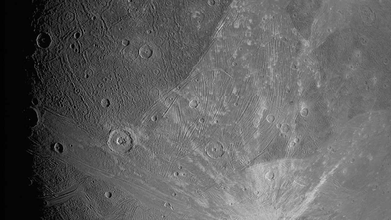NASA's JunoCam captures a close-up image of Jupiter's moon Ganymede- Technology News, FP