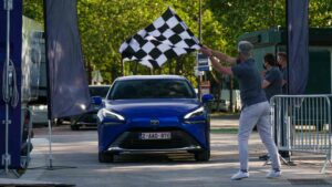 Toyota Mirai sets world record, covers over 1,000 km on a single fill of hydrogen- Technology News, FP