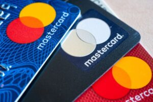 India bans Mastercard from adding new customers – TC