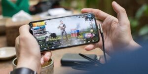 Online gaming goes mainstream, India to have 657M gamers by FY25