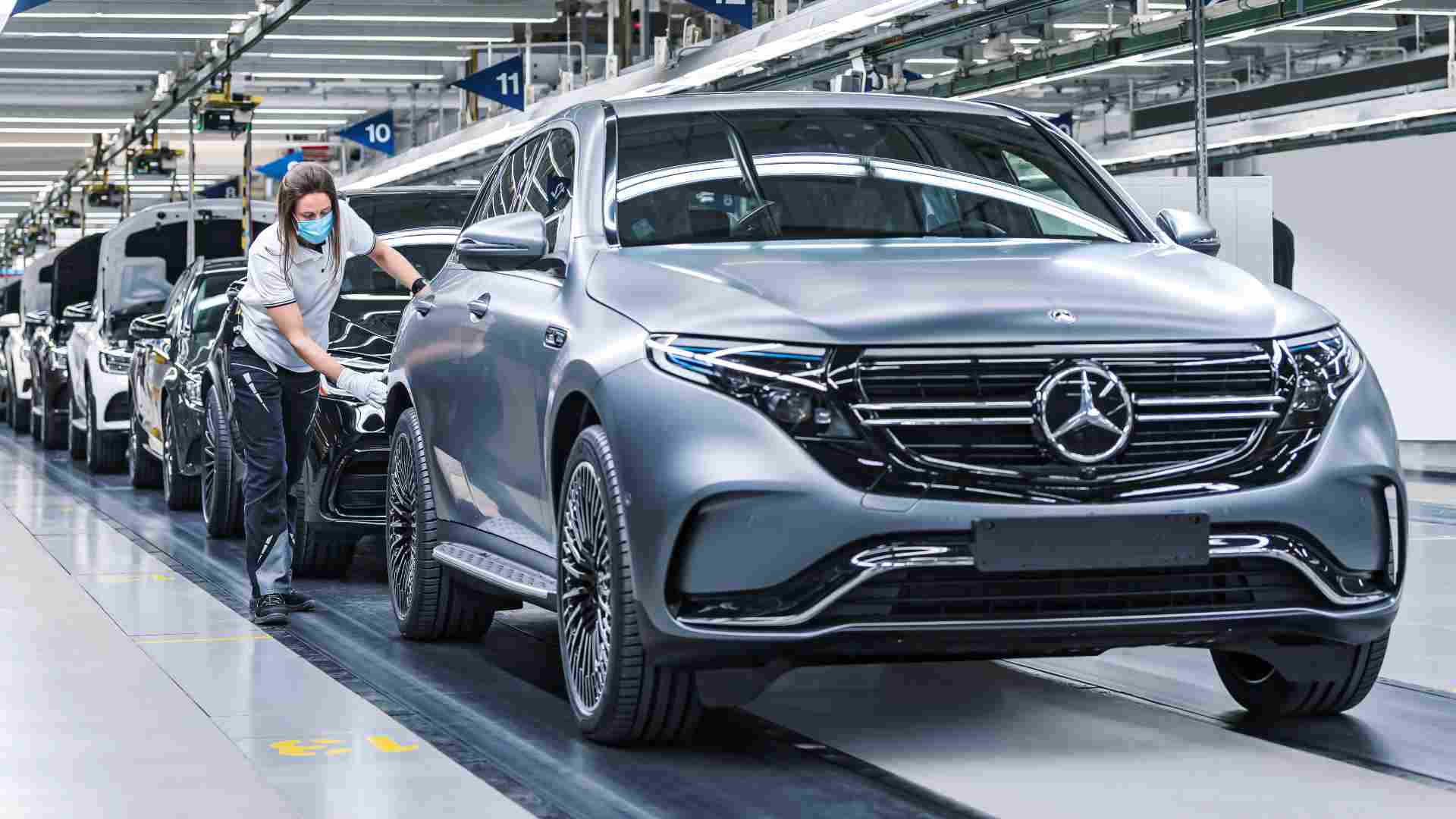 Mercedes-Benz aims to go electric-only by 2030, will launch G-Class EV by 2024- Technology News, FP