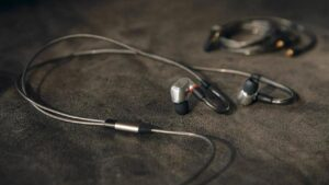 Sennheiser launches IE 900 in-ear earphones with X3R system in India at Rs 1,29,990- Technology News, FP