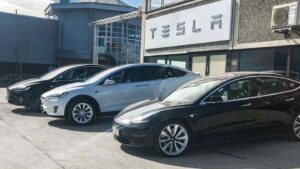 Tesla 'hopeful' of import duty reduction ahead of India entry, Elon Musk comments on local factory prospects- Technology News, FP