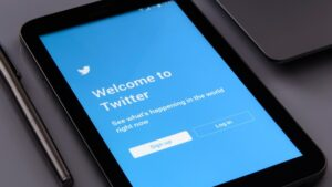 Tweets for COVID-19 help rose by 1,958 percent in April-May- Technology News, FP