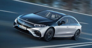 Mercedes-Benz starts the sale of its electric EQS sedan; prices start at €100K+