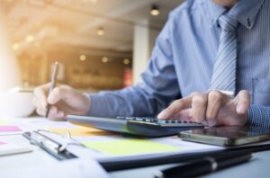 11 Mistakes Every Business Makes While Handling Their Sales Invoices