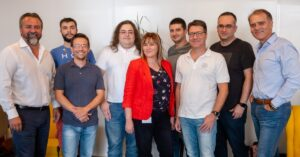 Dutch-based CM.com acquires minority stake in Phos; invests €2M in the UK fintech