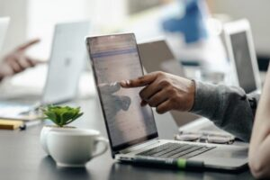 The Startup Magazine Tips to Build an Effective Business Website